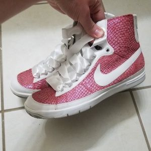 Nike Shoes - Womens Nike Zoom Blazer Mid Fish skin